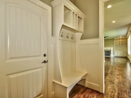 thumb_130_MudRoom.jpg