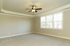 thumb_136_021_MasterBedroom.jpg