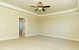 thumb_136_022_MasterBedroom.jpg