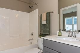thumb_163_021_Bathroom.jpg