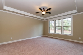 thumb_221_012_FirstFloorMasterBedroom.jpg