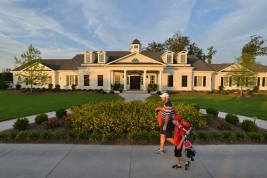thumb_230_04122266312_Oaks_Club_House_Exterior__356_4899483.jpg
