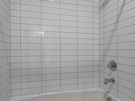 thumb_298_033_Bathroom.jpg