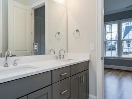 thumb_299_026_Bathroom.jpg