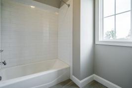 thumb_305_0301280x960bathroom.jpg