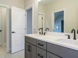 thumb_314_032_Bathroom.jpg